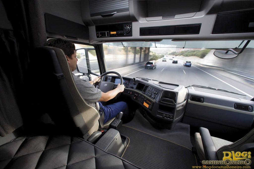 Qualificações são exigidas de motoristas que pretendem entrar para o ramo